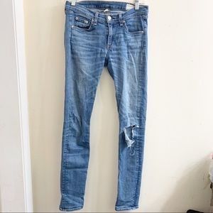 Rag and bone skinny burn out knee jeans size 28